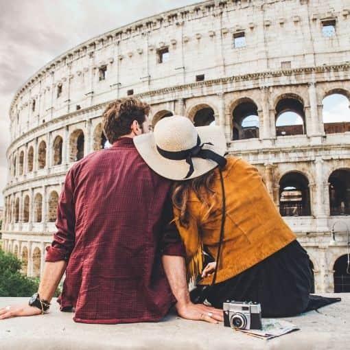 Turistas de vacaciones en Roma